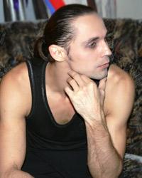 Дмитрий  Бозин, актер: «Я ищу формулу любви для таких же, как я, женщин и мужчин»