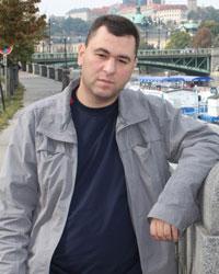 Евгений Пустовой, член правления Клуба болельщиков «Трактора»: «Надоело быть быдлом!»